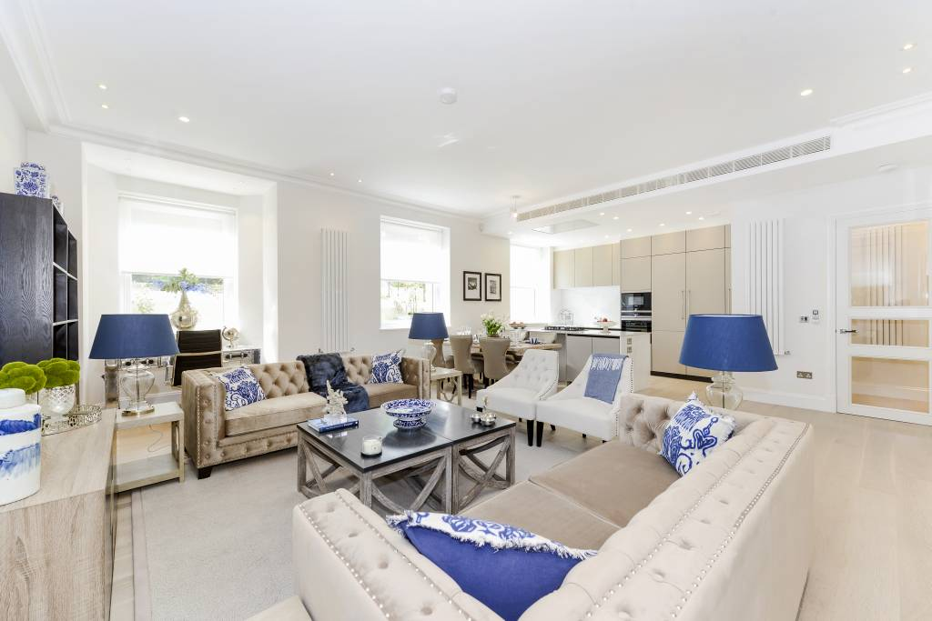 Flat 2, 9 Arkwright Road, London, NW3 6AA -  Image 1