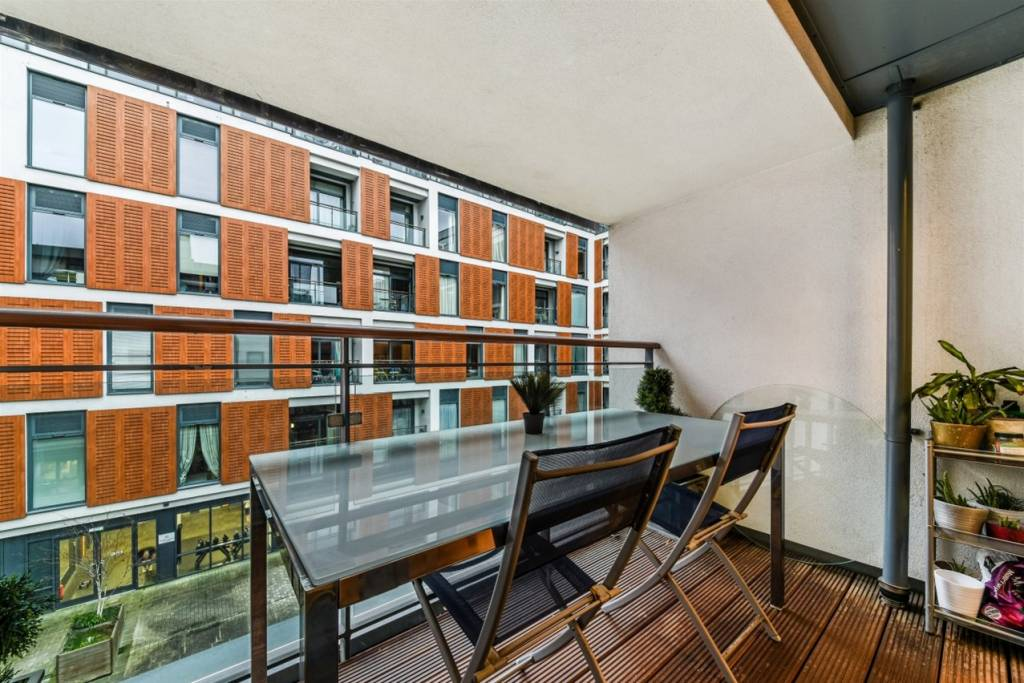 Flat 83, 3 Cornell Square, London, SW8 2ER - Image 4