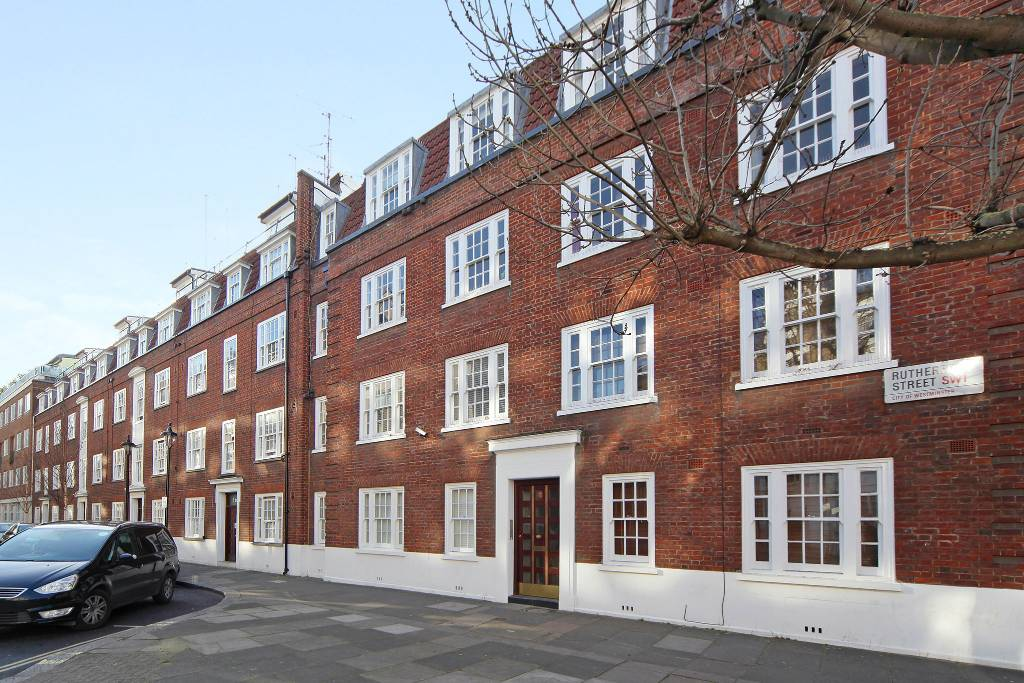 5a Carey Mansions, Rutherford Street, London, SW1P 2LT - Image 6