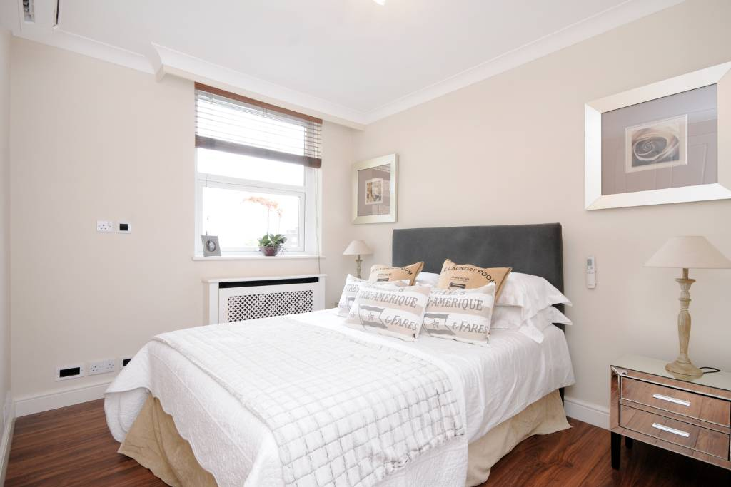 Flat 20, Boydell Court, St Johns Wood Park, NW8 6NL - Image 10