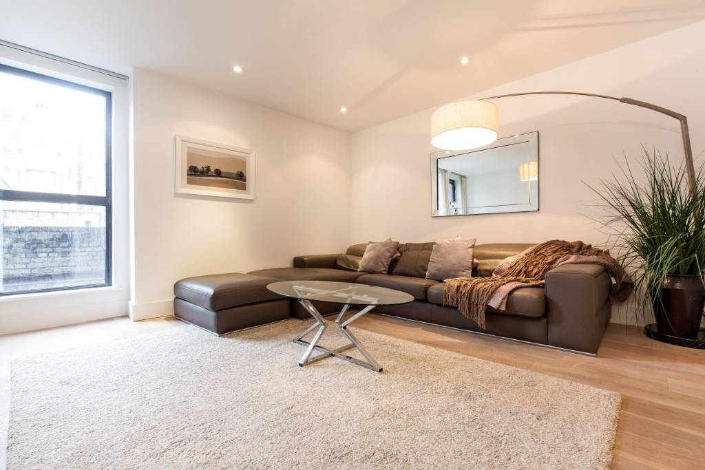 2 Piazza Residences, 14 Bull Inn Court, Covent Garden WC2R 0NP - Image 3